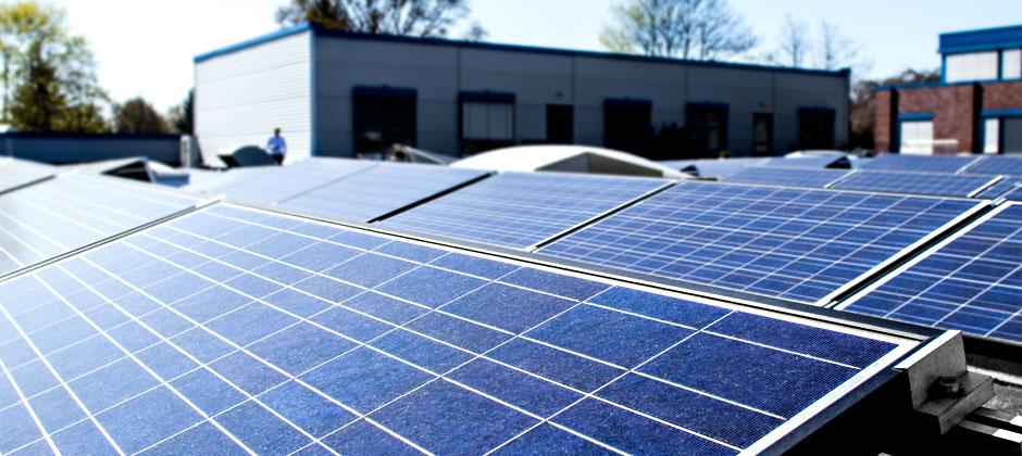 Umweltfreundliche Solaranlage der Druckerei